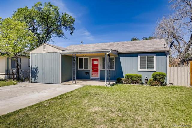 2209 Moline Street, Aurora, CO 80010 (#4170532) :: The HomeSmiths Team - Keller Williams