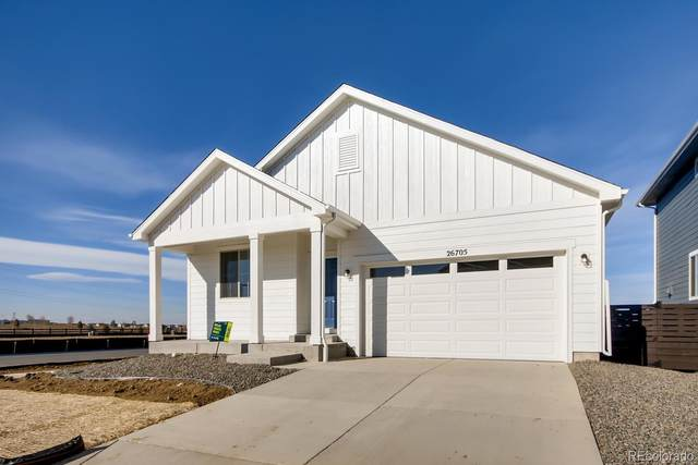27107 E Maple Avenue, Aurora, CO 80018 (MLS #4224594) :: 8z Real Estate