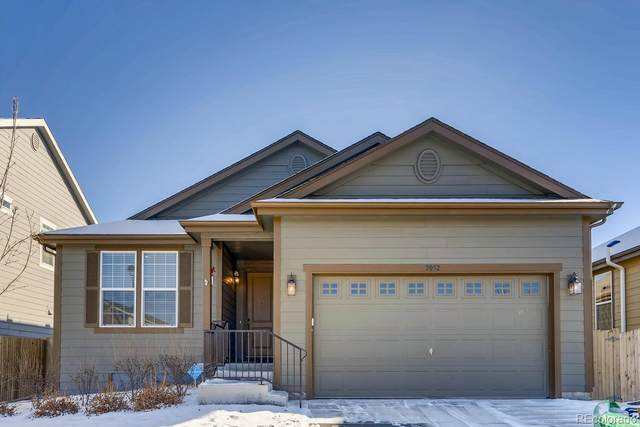 2052 S Cathay Way, Aurora, CO 80013 (#4232911) :: Stephanie Fryncko | Keller Williams Integrity