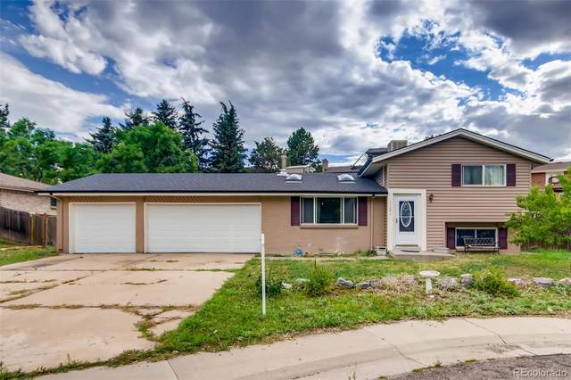 11282 W Swarthmore Place, Littleton, CO 80127 (#4273426) :: The DeGrood Team