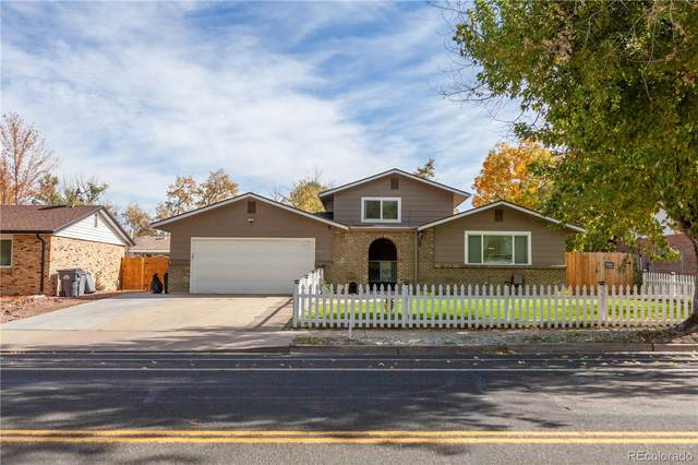 946 S Moline Street, Aurora, CO 80012 (#4358031) :: The Harling Team @ Homesmart Realty Group