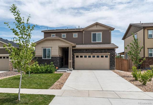 240 S Langdale Court, Aurora, CO 80018 (#4361714) :: The DeGrood Team