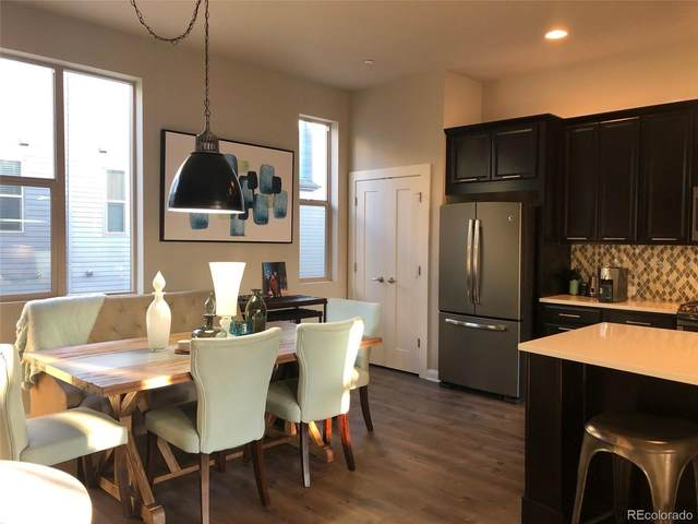 531 S Upham Court, Lakewood, CO 80226 (#4365455) :: The Brokerage Group