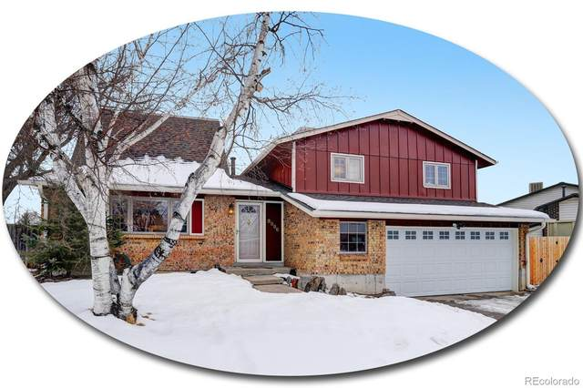 8996 W Swarthmore Drive, Littleton, CO 80123 (#4369946) :: Compass Colorado Realty