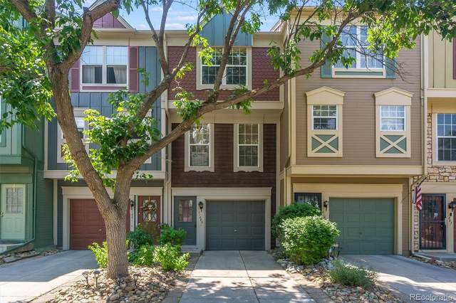 11883 E Kepner Drive, Aurora, CO 80012 (#4379568) :: Chateaux Realty Group