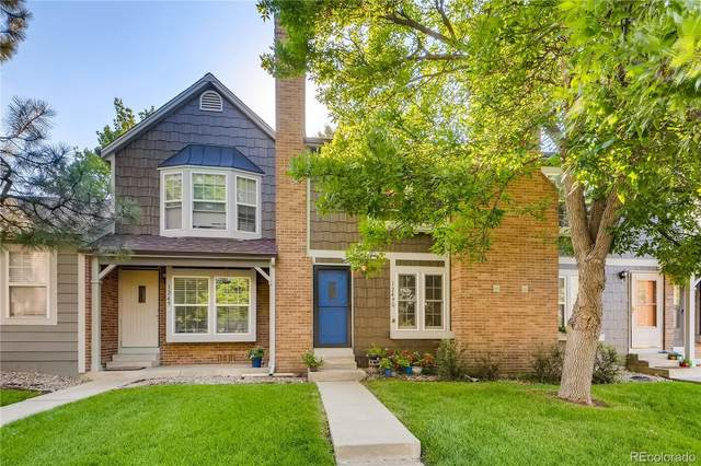 1249 S Flower Circle C, Lakewood, CO 80232 (#4418749) :: Compass Colorado Realty
