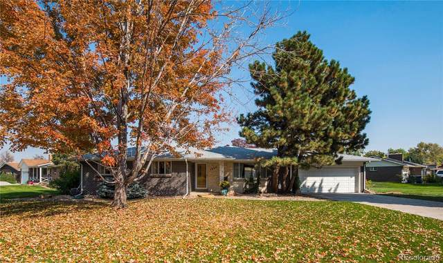 1954 S Cape Way, Lakewood, CO 80227 (MLS #4509136) :: 8z Real Estate