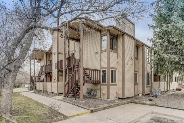 1075 S Garrison Street #202, Lakewood, CO 80226 (#4513510) :: Bring Home Denver with Keller Williams Downtown Realty LLC
