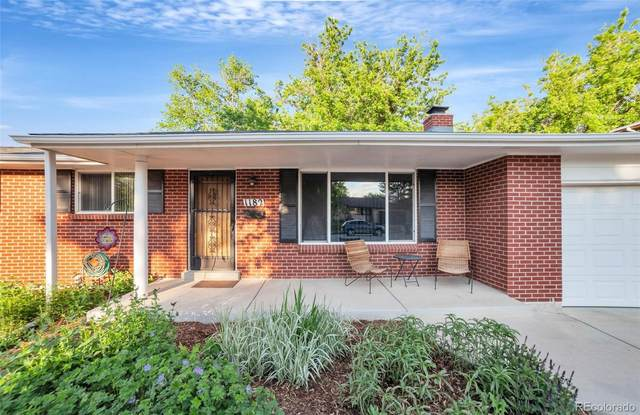 1182 S Dudley Street, Lakewood, CO 80232 (#4544377) :: My Home Team