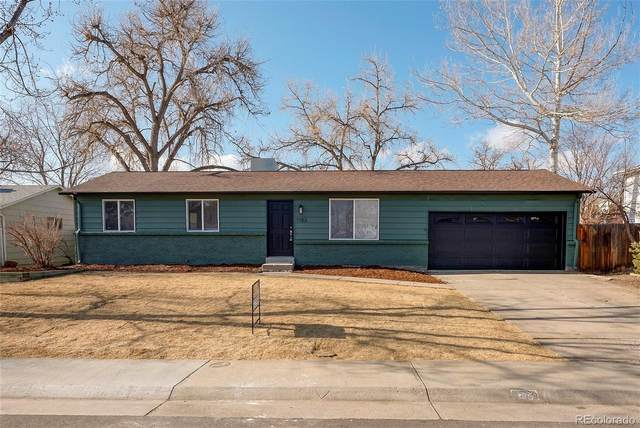 1153 S Owens Street, Lakewood, CO 80232 (#4556679) :: Berkshire Hathaway HomeServices Innovative Real Estate