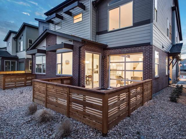 10171 Morrison Road, Lakewood, CO 80227 (#4557439) :: Chateaux Realty Group
