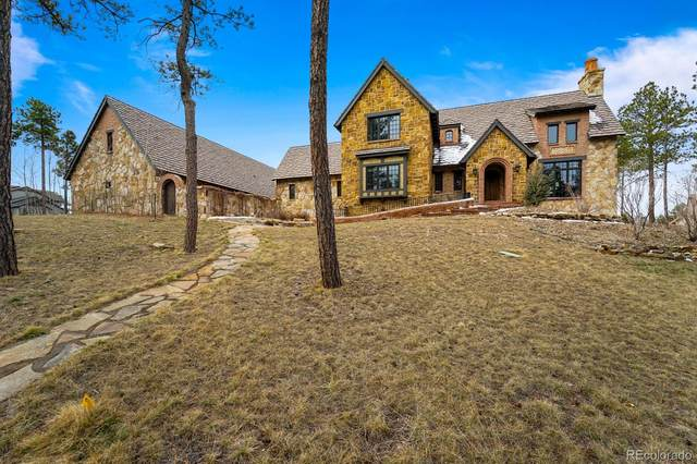 4340 Foxchase Way, Colorado Springs, CO 80908 (#4564316) :: Portenga Properties
