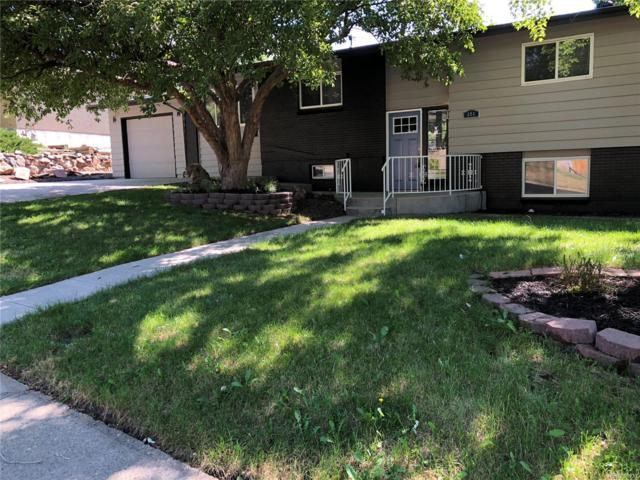 884 S Queen Way, Lakewood, CO 80226 (#4604512) :: The DeGrood Team
