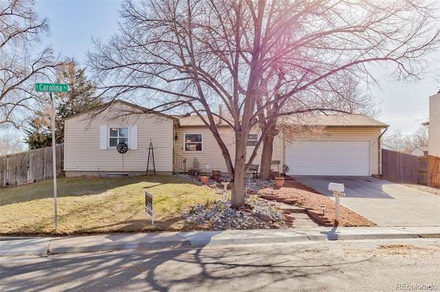 11896 E Carolina Place, Aurora, CO 80012 (#4620374) :: HomeSmart