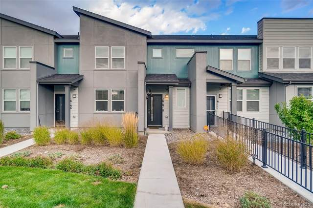 16101 E Warner Place, Denver, CO 80239 (MLS #4673845) :: Find Colorado Real Estate