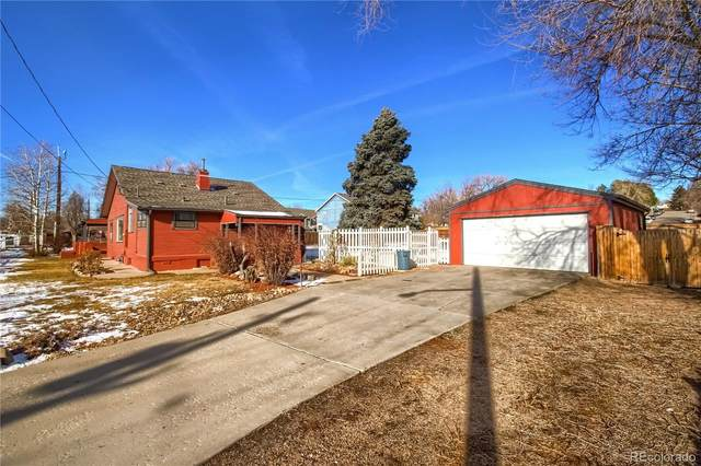 7525 W 61st Avenue, Arvada, CO 80003 (#4708410) :: Bring Home Denver with Keller Williams Downtown Realty LLC