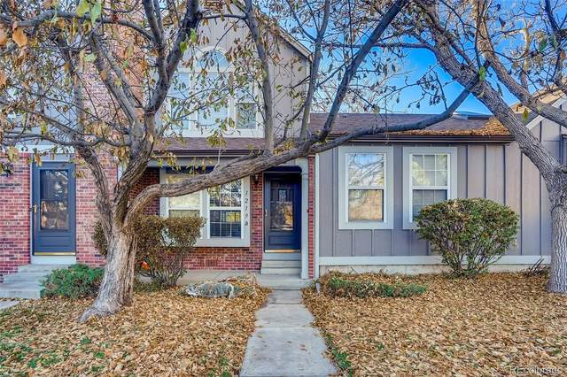1219 S Flower Circle B, Lakewood, CO 80232 (#4746071) :: The DeGrood Team