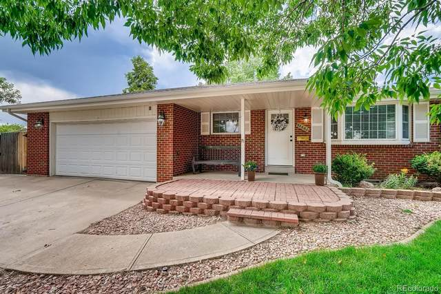 10304 W 62nd Avenue, Arvada, CO 80004 (#4810540) :: Relevate | Denver
