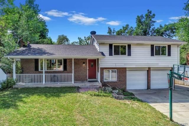 4734 Essex Court, Boulder, CO 80301 (#4940682) :: The HomeSmiths Team - Keller Williams