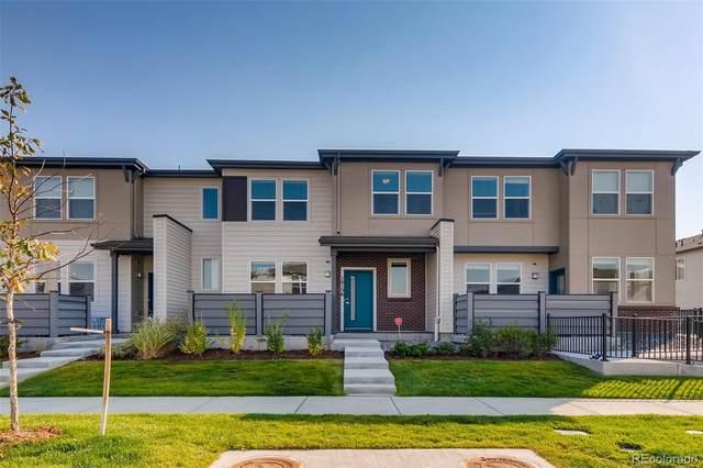 16156 E Warner Drive, Denver, CO 80239 (#5091654) :: The Healey Group