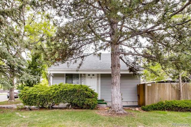 271 S Nome Street, Aurora, CO 80012 (#5094655) :: The Griffith Home Team