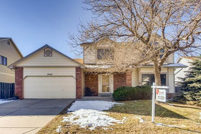 17542 E Dickenson Place, Aurora, CO 80013 (#5115883) :: The DeGrood Team
