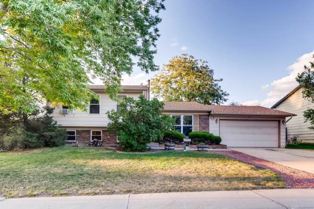 16005 E Warren Place, Aurora, CO 80013 (#5136163) :: The Tamborra Team
