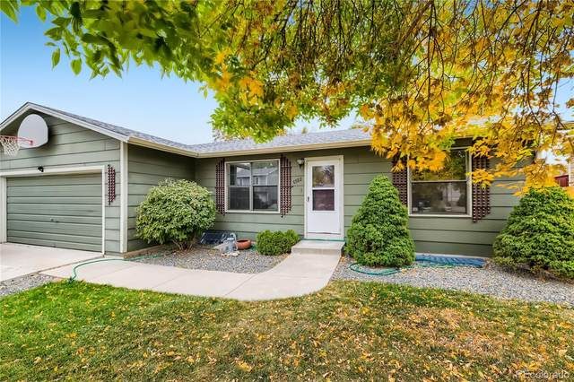 8582 Field Court, Arvada, CO 80005 (#5142396) :: The DeGrood Team