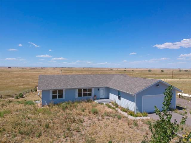 55136 E Arapahoe Road, Strasburg, CO 80136 (MLS #5165793) :: Kittle Real Estate
