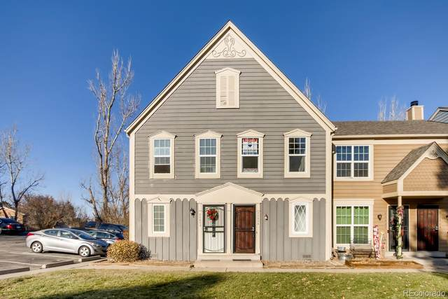2260 S Jasper Way B, Aurora, CO 80013 (MLS #5243079) :: 8z Real Estate