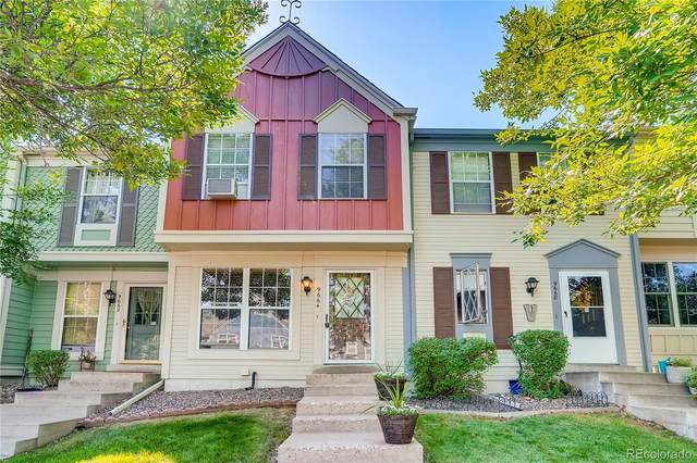 9664 W Cornell Place, Lakewood, CO 80227 (#5274944) :: Compass Colorado Realty