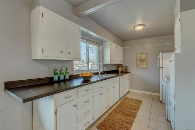 11710 W 46th Avenue, Wheat Ridge, CO 80033 (#5282069) :: The HomeSmiths Team - Keller Williams