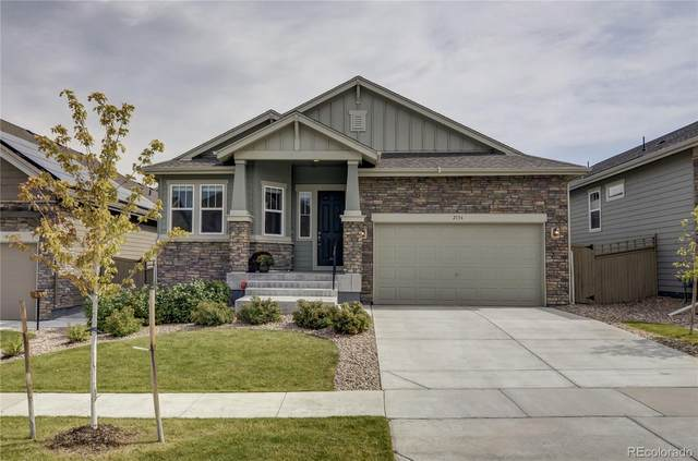 2136 S Saulsbury Court, Lakewood, CO 80227 (#5307352) :: The Brokerage Group