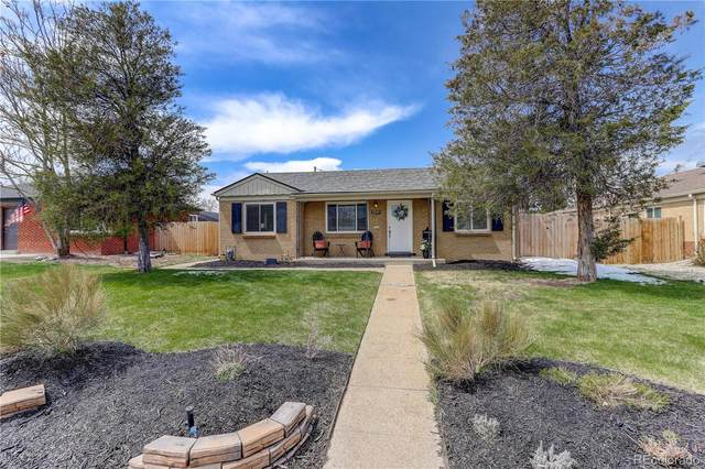 2245 Rosemary Street, Denver, CO 80207 (#5319940) :: Kimberly Austin Properties