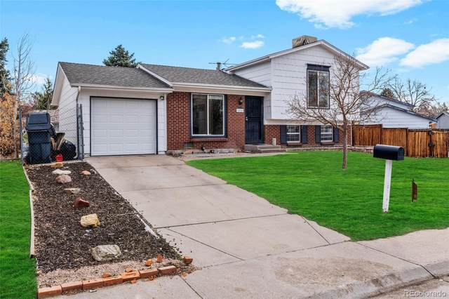 2526 S Kalispell Circle, Aurora, CO 80013 (#5335182) :: The Griffith Home Team