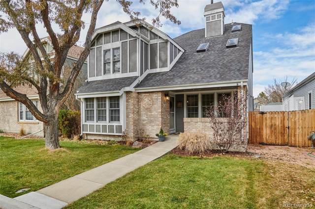 10037 W 82nd Place, Arvada, CO 80005 (MLS #5343387) :: The Sam Biller Home Team