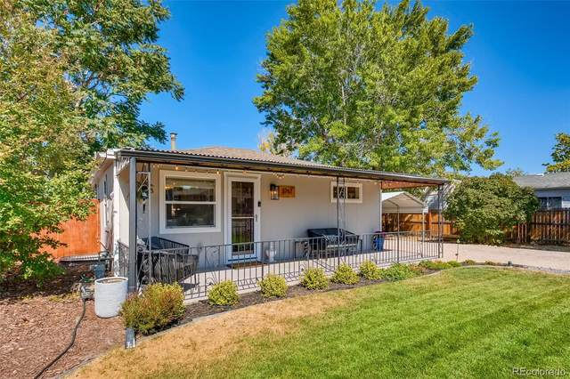3761 W Walsh Place, Denver, CO 80219 (#5361467) :: The Griffith Home Team