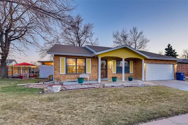 5027 Wheeling Way, Denver, CO 80239 (#5378492) :: HomeSmart