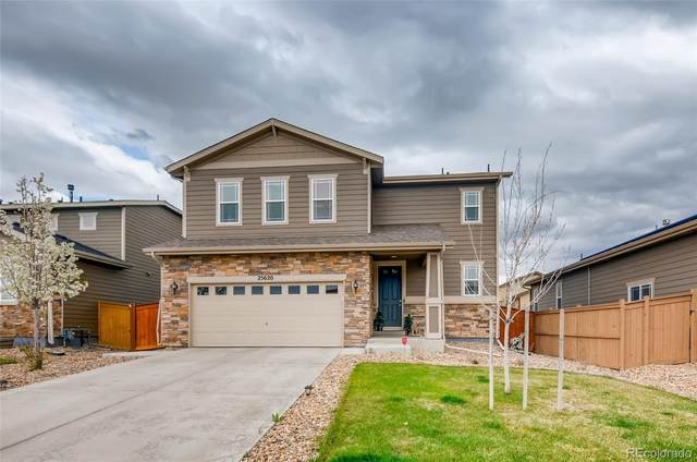 25620 E Maple Place, Aurora, CO 80018 (#5422555) :: Mile High Luxury Real Estate