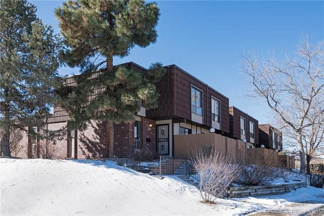 9446 W Utah Avenue, Lakewood, CO 80232 (#5434727) :: iHomes Colorado
