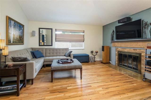 540 S Forest Street 2-206, Denver, CO 80246 (#5539214) :: 5281 Exclusive Homes Realty