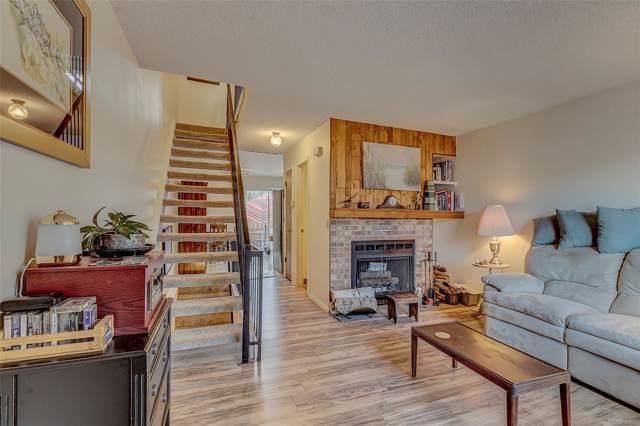 17696 E Loyola Drive E, Aurora, CO 80013 (MLS #5539564) :: 8z Real Estate