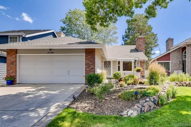 2344 S Gray Drive, Lakewood, CO 80227 (#5550111) :: Symbio Denver