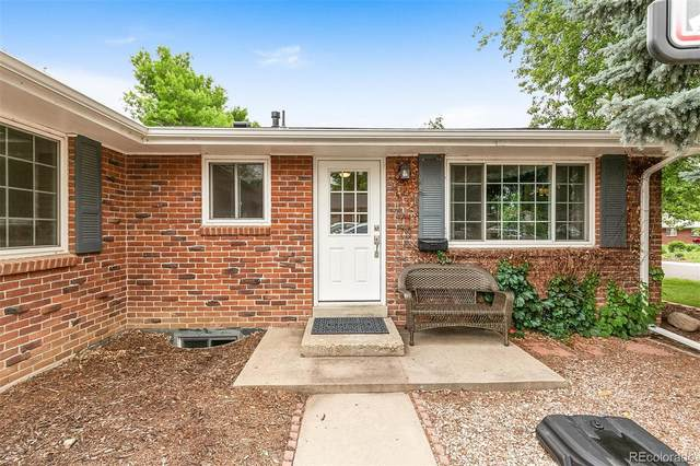6102 Dudley Court, Arvada, CO 80004 (#5555775) :: The DeGrood Team