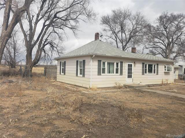 24060 County Road 9.5, Weldona, CO 80653 (#5573502) :: The Dixon Group