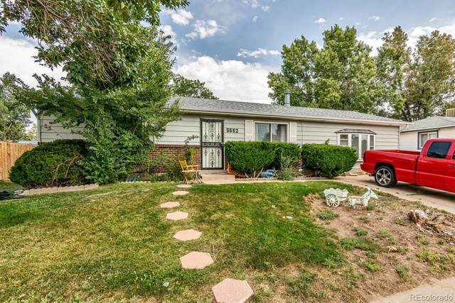 5552 Xapary Way, Denver, CO 80239 (#5623934) :: The Margolis Team