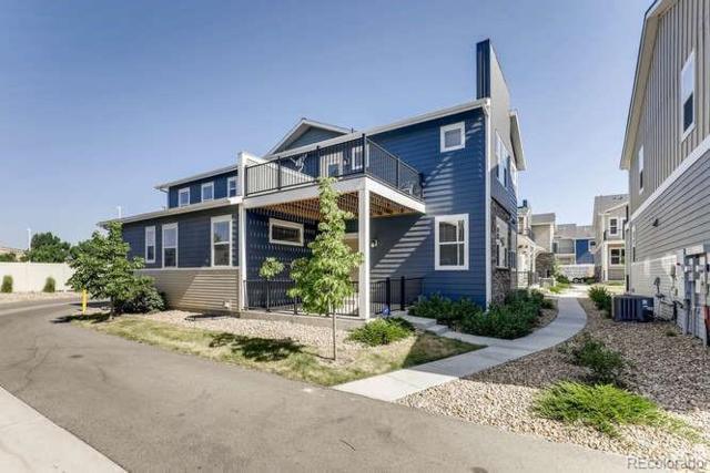 633 Robert Street, Longmont, CO 80503 (#5624868) :: Sellstate Realty Pros