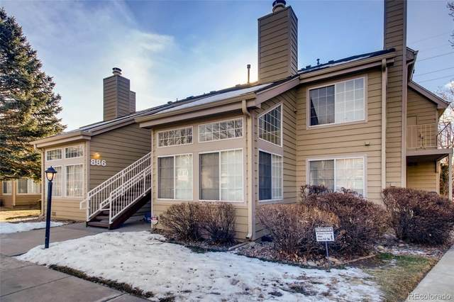 886 S Reed Court D, Lakewood, CO 80226 (#5625043) :: iHomes Colorado