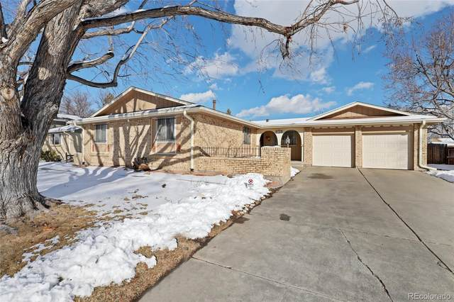 2180 S Flower Street, Lakewood, CO 80227 (#5660826) :: iHomes Colorado