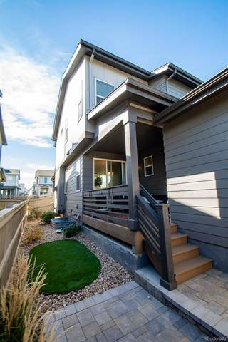 7144 W Pacific Avenue, Lakewood, CO 80227 (#5716251) :: The HomeSmiths Team - Keller Williams